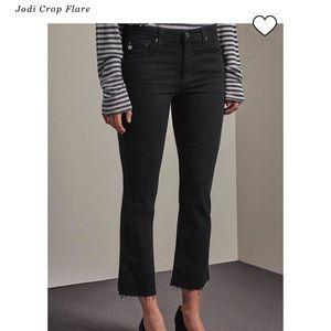 AG The Jodi Crop in Dark Grey/Black